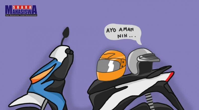 Membawa Dua Helm dan Dua Jas Hujan adalah Jalan Ninjaku